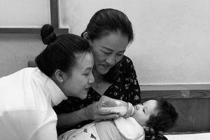 MC Hoàng Oanh viết tâm thư gửi mẹ sau thời gian sinh con vắng bóng chồng