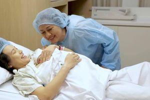 Tâm thư MC Hoàng Oanh gửi mẹ sau khi sinh con vắng bóng chồng