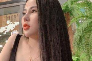 Tú bà 23 tuổi ở đất Cảng khoe cuộc sống sang chảnh để hoạt động mại dâm
