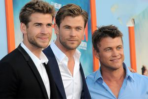 Cách tập luyện cơ bắp của ba anh em nhà Hemsworth