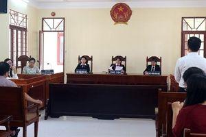 Vụ án thầy giáo cho học sinh diễn cảnh nhạy cảm: Sở GD&ĐT TP.HCM có văn bản trả lời Tòa