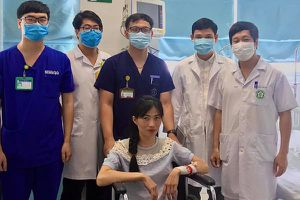 2 bệnh viện hồi sinh người phụ nữ ngừng tim 60 phút