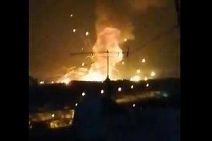 Clip vụ nổ lớn làm rung chuyển căn cứ quân sự Jordan