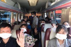 Dịch bệnh COVID-19 cơ bản được khống chế, 16 cán bộ y tế Nghệ An rời Đà Nẵng