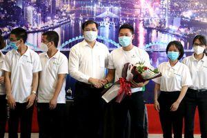 Sau 15 ngày không có ca COVID-19, những bác sỹ tình nguyện cuối cùng rời Đà Nẵng