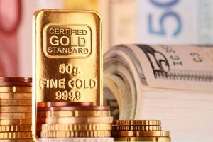 Giá vàng hôm nay 13/9: Thị trường 'lặng sóng' tạm thời, vàng đang tiến gần hơn đến sự bứt phá?