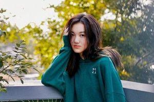 Lý Yên - Con gái Vương Phi gây bất ngờ khi lột xác thành công ở tuổi 14