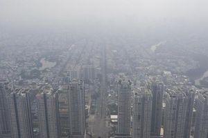 TP Hồ Chí Minh: Đặc quánh sương mù từ sáng đến trưa ngày 14/9