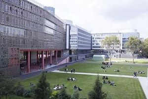 Đại học Pháp thiệt hại nặng vì COVID-19