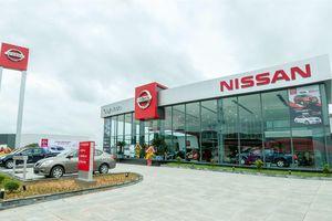 Nissan ồ ạt giảm giá xe, chuẩn bị rút khỏi Việt Nam?