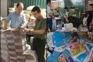 Hà Nội: 'Đột kích' cơ sở gia công, thu giữ hàng tấn sách lậu ở Tây Mỗ
