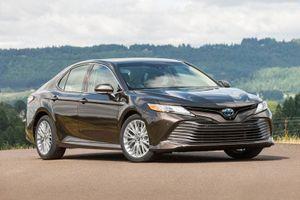 Top 10 xe sedan tiết kiệm nhiên liệu nhất năm 2020: Gọi tên Toyota Camry