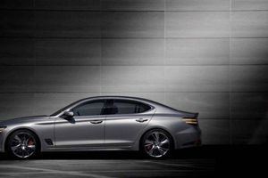 Cận cảnh xe sang Hyundai Genesis G70 có giá bán 857 triệu đồng