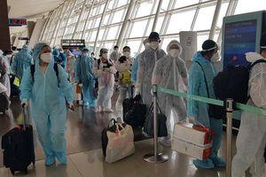 Đưa gần 380 công dân Việt Nam từ Hàn Quốc về nước