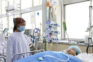 Phẫu thuật ngay tại khoa Cấp cứu cho bệnh nhân bị xe lu cán