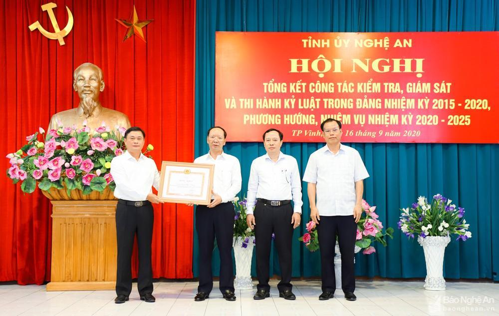 Ban Thường vụ Tỉnh ủy Nghệ An tổng kết công tác kiểm tra, giám sát và thi hành kỷ luật trong Đảng