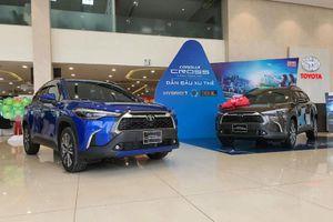 Toyota Corolla Cross bán được bao nhiêu chiếc tại Việt Nam trong tháng đầu tiên?
