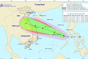 Áp thấp nhiệt đới trên Biển Đông mạnh lên thành bão, miền Bắc và miền Trung có mưa lớn