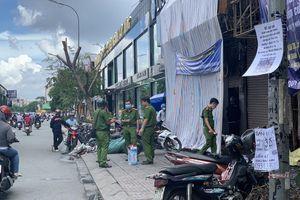 Nghi can vụ cháy chi nhánh ngân hàng Eximbank và nhà dân ở Sài Gòn được đưa tới hiện trường để thực nghiệm
