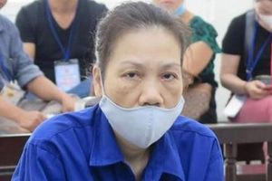 Kỹ thuật viên bệnh viện lừa chiếm đoạt tiền hầu tòa