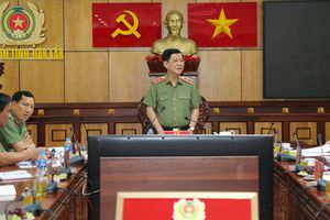 Thứ trưởng Bộ Công an Nguyễn Văn Sơn: Cần nhân rộng mô hình 'kết nối mạng xã hội - bình yên cho mỗi gia đình'