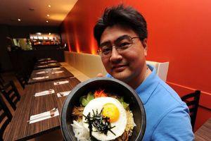 Điều gì khiến cơm trộn Bibimbap thành đặc sản xứ Kim Chi?