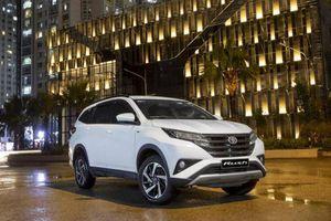 Toyota Rush giảm giá 35 triệu đồng, quyết đấu Mitsubishi Xpander
