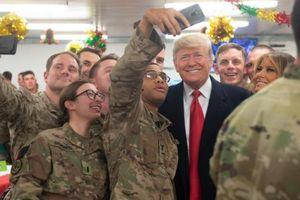 Quân nhân Mỹ thi nhau bảo vệ người hùng Trump trước bầu cử