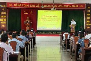Huyện Thanh Trì: Tập huấn nghiệp vụ cho cán bộ làm công tác Đảng cơ sở