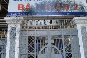 Vì sao quán lẩu cá kèo Bà Huyện 2 trên đường Nguyễn Thông bị tấn công?