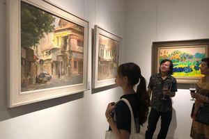 Khai mạc triển lãm 'Thiên nhiên ở giữa' của nhóm Họa sỹ Lưu Động