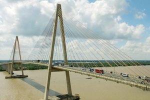 Đưa vào sử dụng cây cầu nối vùng trọng điểm kinh tế vườn Tiền Giang – Bến Tre