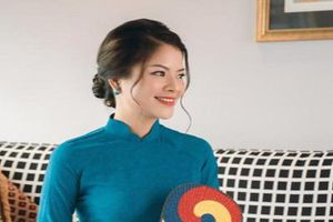 Cô gái dạy tiếng Anh miễn phí cho người Việt tại Singapore