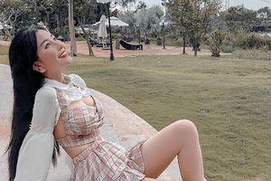 Gu thời trang nóng bỏng của hot girl 10X Võ Ngọc Trân