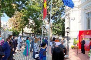 Ấn tượng triển lãm ảnh về đất nước, con người Việt Nam tại Romania