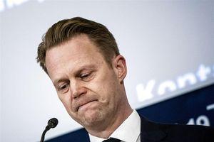 Ngoại trưởng Đan Mạch hối hận vì từng làm 'chuyện người lớn' với nữ sinh 15 tuổi