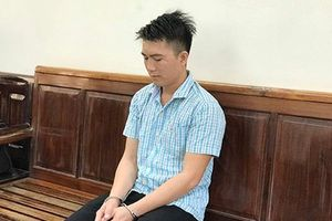 Hiếp dâm bé gái 7 tuổi, 'yêu râu xanh' lĩnh 18 năm tù