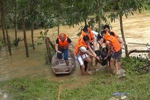 Tìm thấy thi thể nam thanh niên bị nước lũ cuốn trôi ở Hà Tĩnh