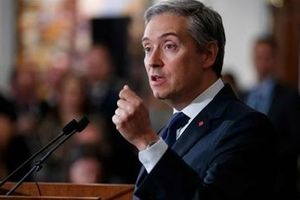 Canada từ bỏ đàm phán tự do thương mại với Trung Quốc