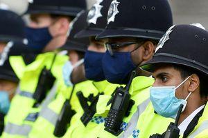 Tù nhân Anh trốn trại, tự nộp mình 7 lần nhưng bị cảnh sát từ chối