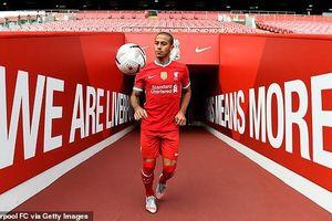 Liverpool mua Thiago, Klopp vơi nỗi lo bị bắt bài?