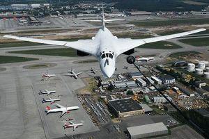 Máy bay ném bom Tu-160 của Nga lập kỷ lục thế giới