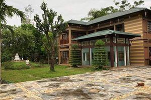 Biệt thự nhà vườn đẹp lung linh của vợ chồng Thanh Thanh Hiền