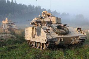 Sợ BTR-82A của Nga đâm húc, Mỹ tung 'hàng khủng' Bradley tới Syria