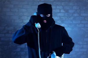 Lại mất 7 tỷ đồng vì… nghe cuộc điện thoại