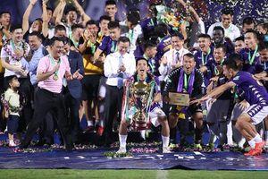 Hà Nội FC vô địch Cúp quốc gia, Liverpool có 3 điểm trước Chelsea