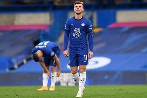 Sai lầm của hàng thủ khiến Chelsea bại trận trước Liverpool