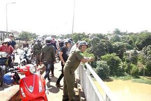 Đắk Lắk: Nhảy xuống sông khi lực lượng đang tìm kiếm người mất tích