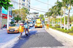 Bảo trì kết cấu đường bộ: Chưa hết cảnh 'ăn đong'