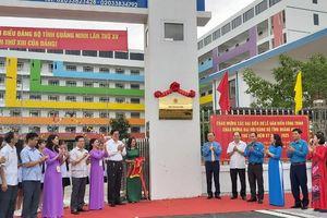 Gắn biển công trình chào mừng Đại hội Đảng bộ tỉnh cho Trường TH, THCS, THPT Lê Thánh Tông